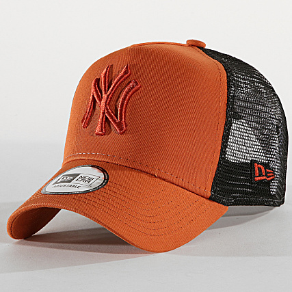 NEW ERA - CASQUETTE TRUCKER LEAGUE ESSENTIAL NEW YORK YANKEES 12040412 CAMEL NOIR de New Era